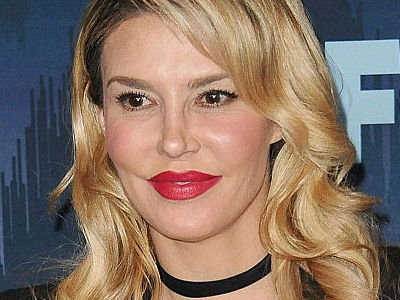 "Brandi Glanville Shares ""NO Makeup, ZITS & ALL"" Photo -- See What's Hiding Under All THIS!"
