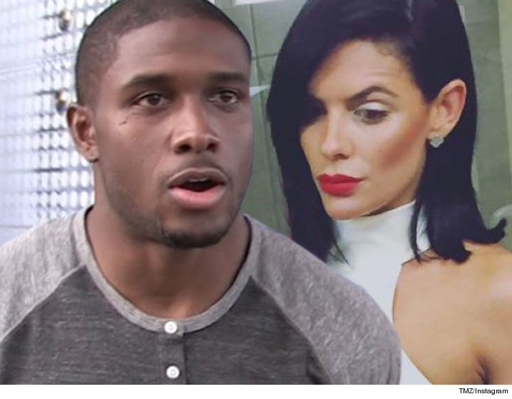 1120_reggie_bush_monique-exposito_tmz_instagram
