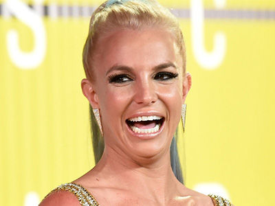 Britney Spears Shows Most Skin Ever in Brand-New Vegas Costume (Photos)