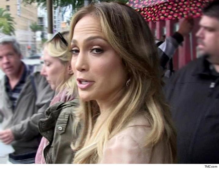 Jennifer Lopez loses restraining order