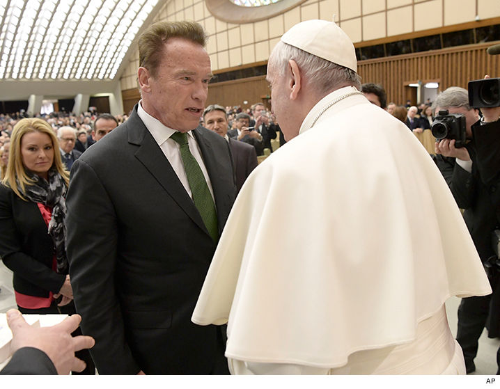 Arnold Schwarzenegger Meets Pope Francis | TMZ.com