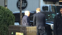 Roger Goodell Hangin' with Bob Kraft ... Pats Owner All Smiles (PHOTO)