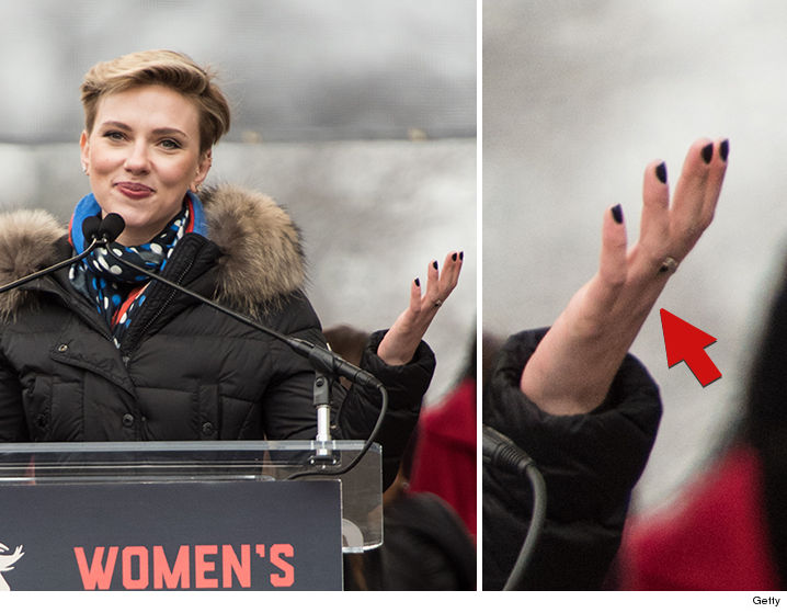 0126-scarlett-johanssen-ring-womens-march-GETTY-01