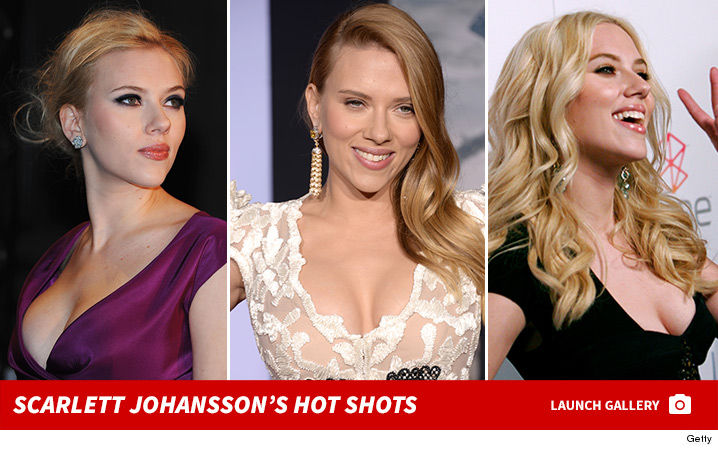 0126-Scarlett-Johansson-hot-shots-footer-