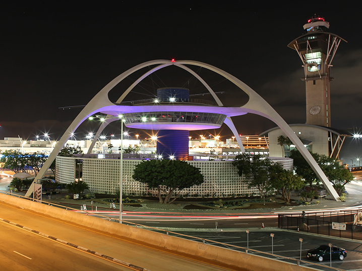 0129-los-angeles-international-airport-LAX-GETTY-02