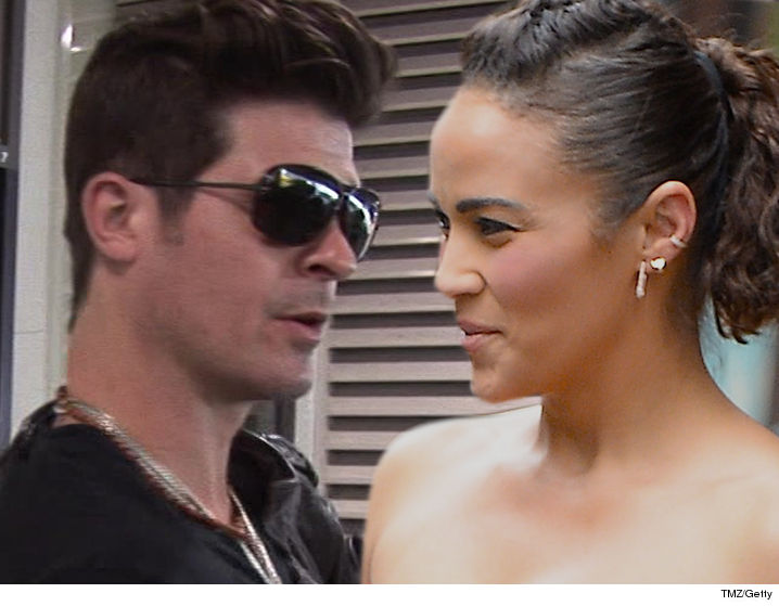 0204-robin-thicke-paula-patton-tmz