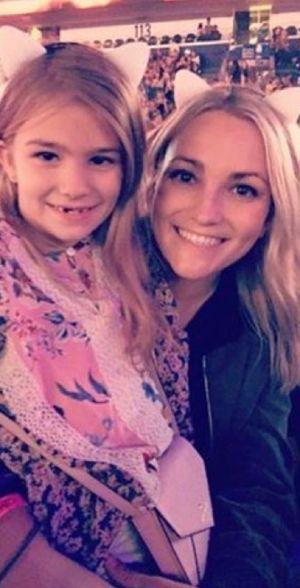 Jamie Lynn Spears' Family Photos