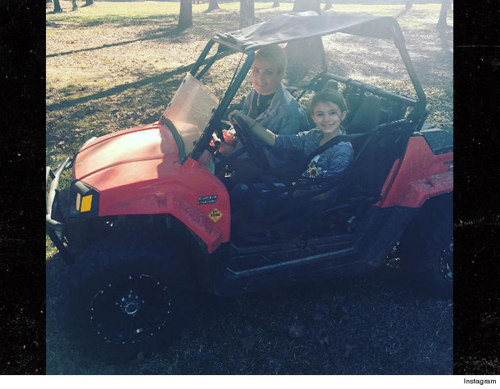 0206-jamie-maddie-spears-atv-instagram-01