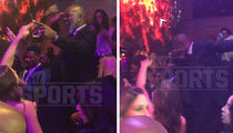 Migos Performs 'Emmitt Smith' FOR EMMITT SMITH ... Dance Party Ensues (VIDEO)