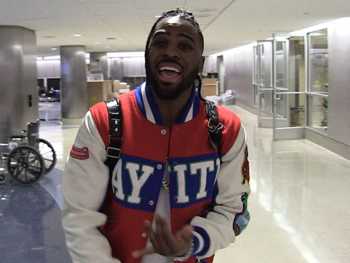 miami plane incident with Jason Derulo Says The Pilots Head Needs To Roll Video on Local 6 Exclusive Inside Air Marshal Training 20151110002046862 in addition Miami Dolphins Charter Plane Clips Tail Of American Jet In Dallas further S01 moreover Pete Rock Smif N Wessun Speak On Altercation With Nypd further Crees Develan Misterio Triangulo Bermudas.