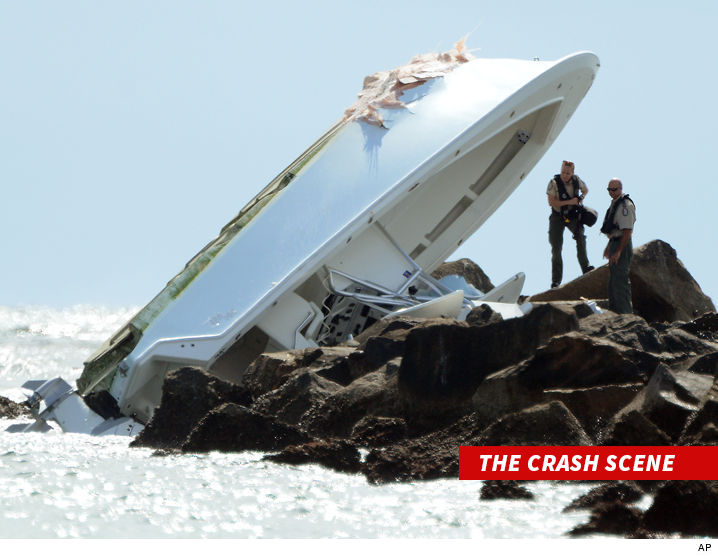 0211-jose-fernandez-crash-scene-ap