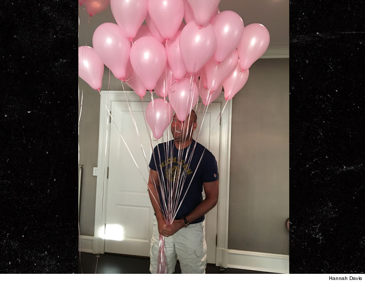 0213-derek-jeter-hannah-davis-baby-girl-balloons-HANNAH-01