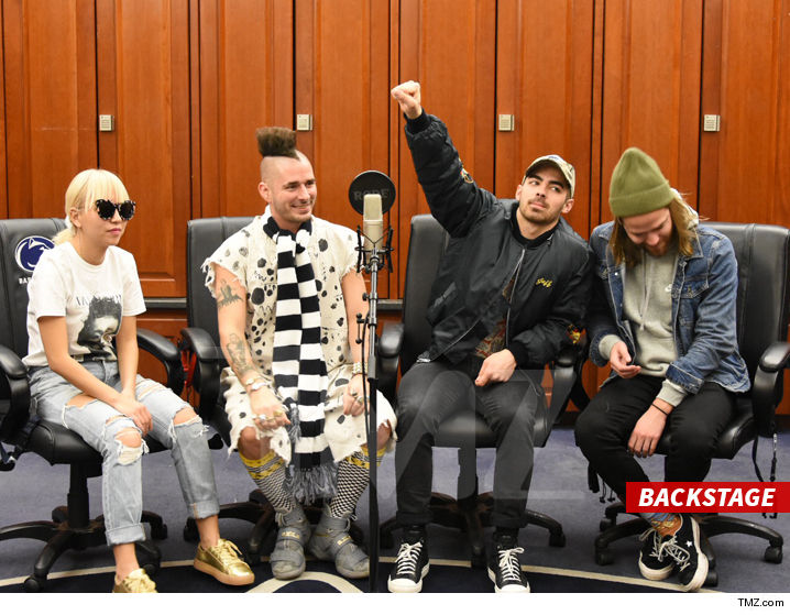 0217_DNCE_backstage_tmz_wm