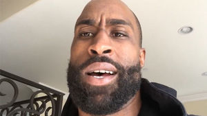 Darrelle Revis' Ex-Teammate -- 'That's Definitely Not Revis' Voice'