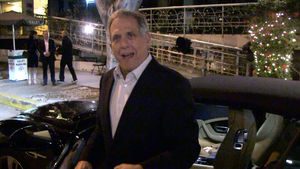 LES MOONVES $500K FOR TOM BRADY JERSEY??? ... Even I Won't Pay That!