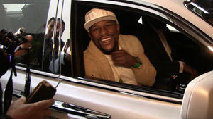 FLOYD MAYWEATHER HEY, CONOR MCGREGOR ... I'm In L.A. Now, Too!