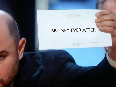 See All the Most SAVAGE Online Reactions to Oscar Night FAIL -- 21 Funny AF Memes!