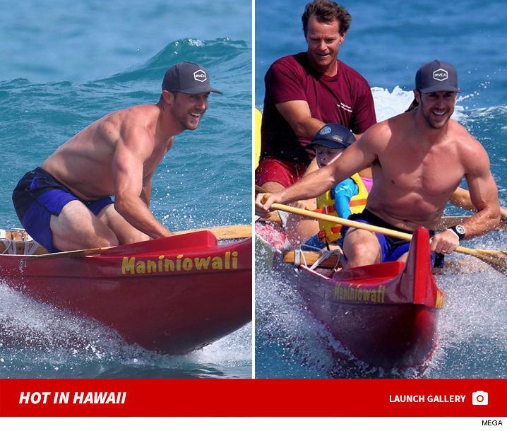 Alex_Smith_Canoe_Hawaii_mega_launch