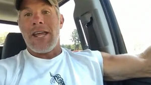Brett Favre: I Know I Can Play At NFL Level ... But I Don't Wanna Get Hit Anymore!