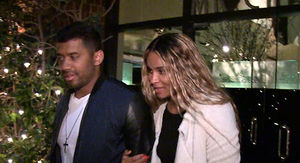 Russell Wilson & Ciara: DON'T LOOK AT US (But…