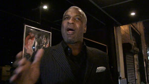 CHARLES OAKLEY PISSED AT PATRICK EWING You Shoulda Called After MSG Fight!