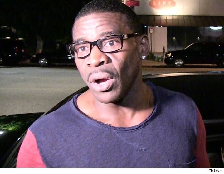 Ex-NFL star Michael Irvin investigated in sex battery case