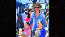 Lisa Marie Presley's Camp Believes Estranged Husband Called Paparazzi to Look Like Doting Dad (PHOTO)
