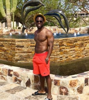 Eniko and Kevin Hart's Tropical Getaway