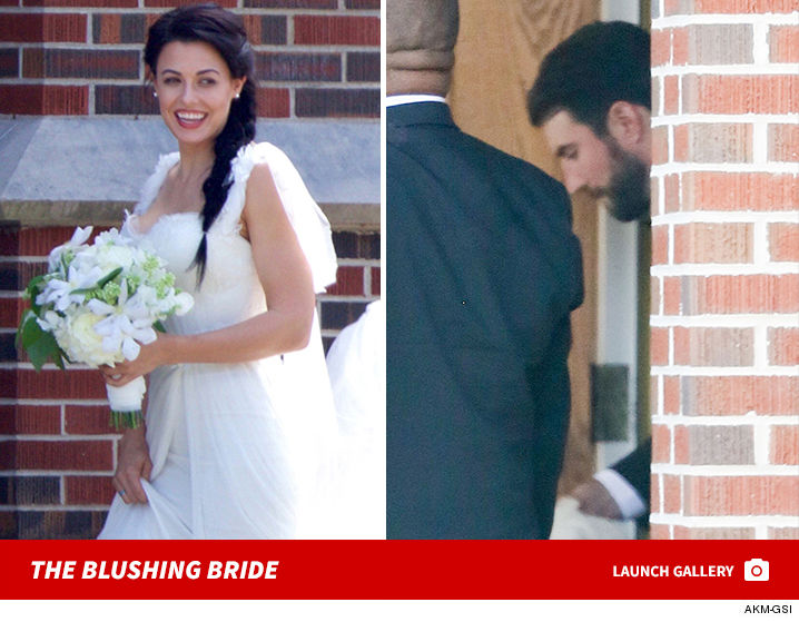 Sam Hunts Fiancee All Smiles In Wedding Dress Before Ceremony