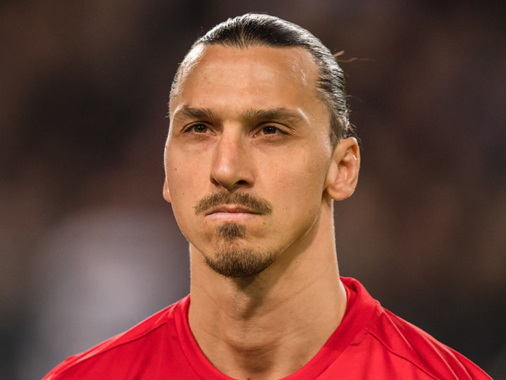 zlatan ibrahimovic vows comeback from knee injury. Black Bedroom Furniture Sets. Home Design Ideas