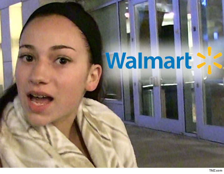 'Cash me outside' girl threatens to sue Walmart for plagiarism