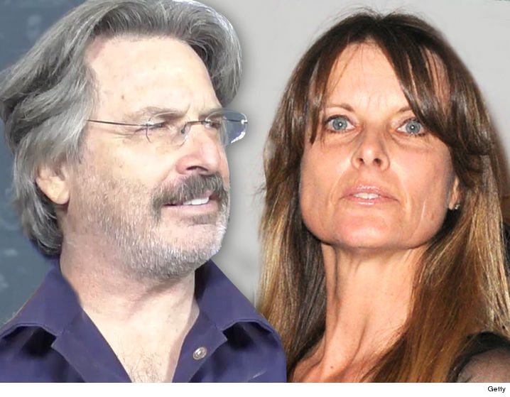 Robert Carradine claims his wife cut off his bipolar meds