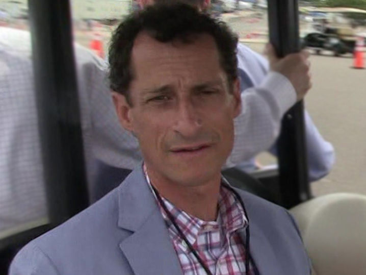 Anthony Weiner Weeps in Court, Pleads Guilty to Sexting 15-Year-Old Girl