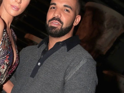 See Who Revealed She Had 'Incredibly Itchy T**s' During THIS Photo with Drake at the Billboards