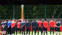 Manchester United Holds Moment of Silence During Practice For Attack Victims