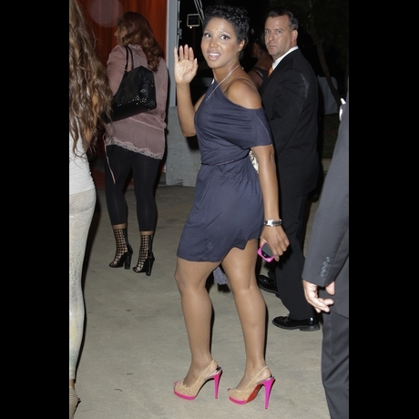 Toni Braxton&#039;s Pre-Bankruptcy Chic -- Zoom!
