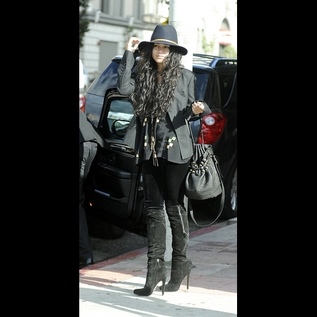 Good Mourning, Vanessa Hudgens -- Zoom View!