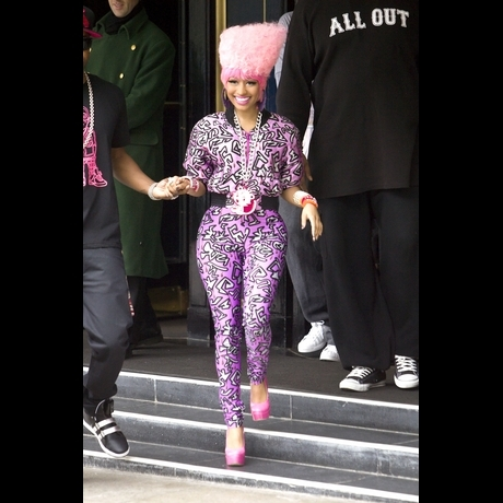 Zoom View -- Nicki Minaj Tickled Pink