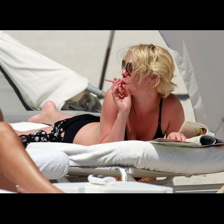 Katherine Heigl's Smoking Hot Bikini Bod