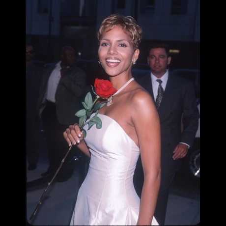 Halle Berry Through The Years Photo Gallery Pictures