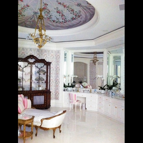 Candy Spelling Chandelier House Mansion Photo Gallery Pictures