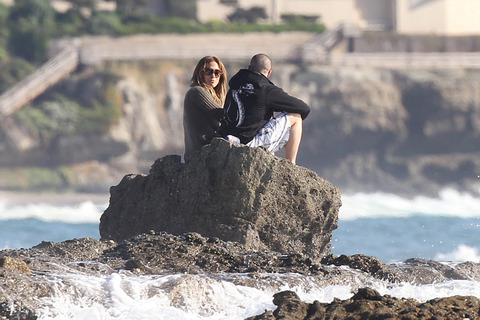 Jennifer Lopez Casper Smart Beach Photos Gallery