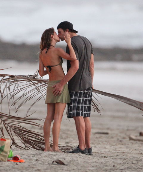 Gisele Bundchen Tom Brady Beach Bikini Photo Gallery