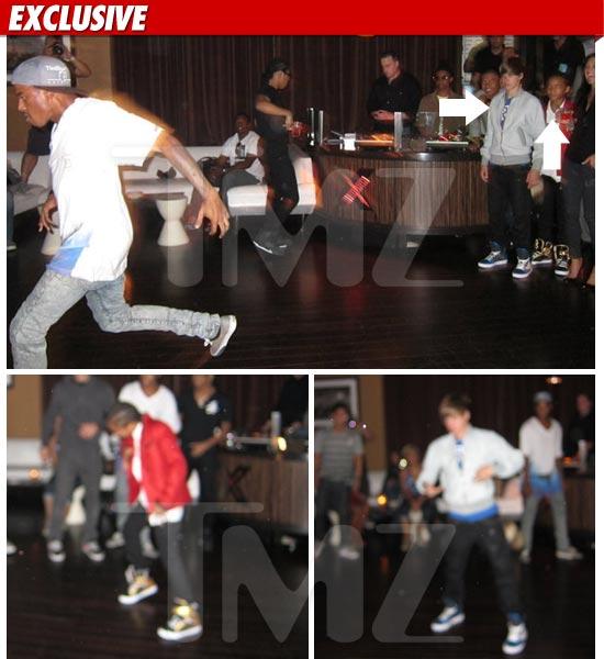 0903_bieber_smith_dancing_EX