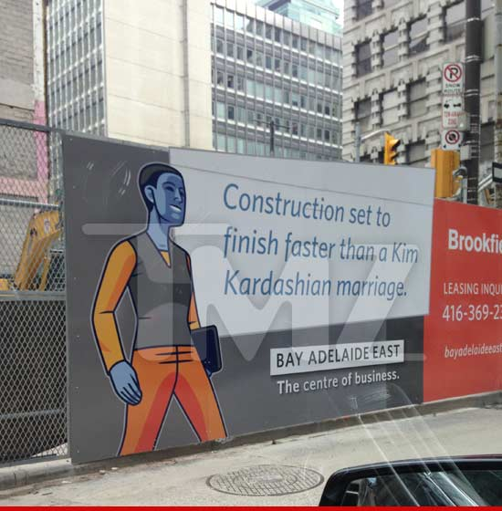 0703_kim_kardashian-construction-sign