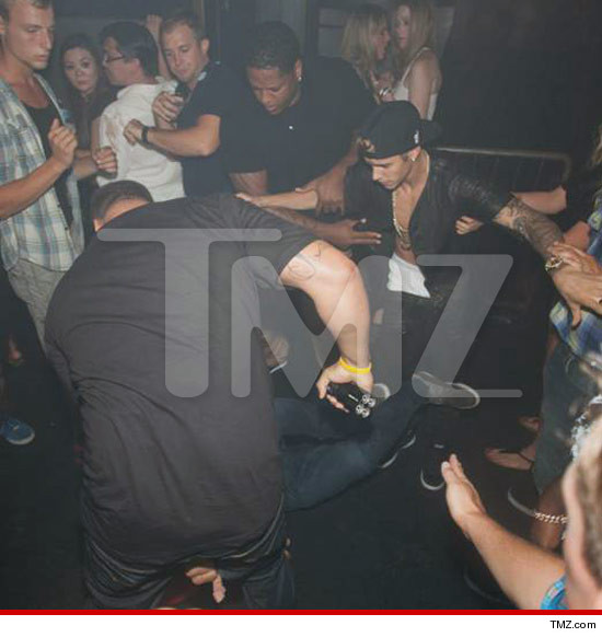 Right On Time! Entertainment And News Blog: Justin Bieber