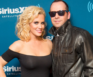 "Jenny McCarthy & Donnie Wahlberg Do Cute ""Grease"" Couple's ..."