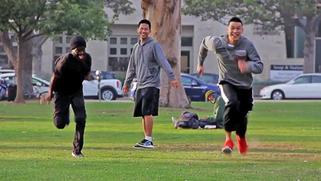 Jeremy Lin: Jeremy Lin -- Foot Race With Homeless Guy ... Wins