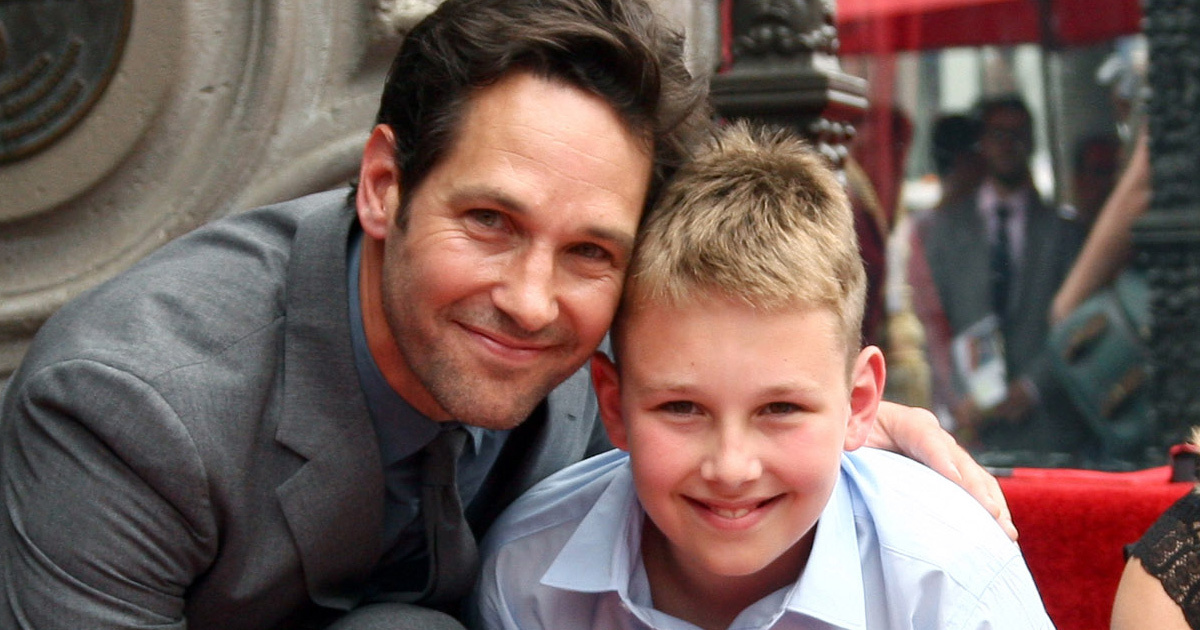 Paul Rudd Gets Walk of Fame Star with Rarely-Seen Family ...