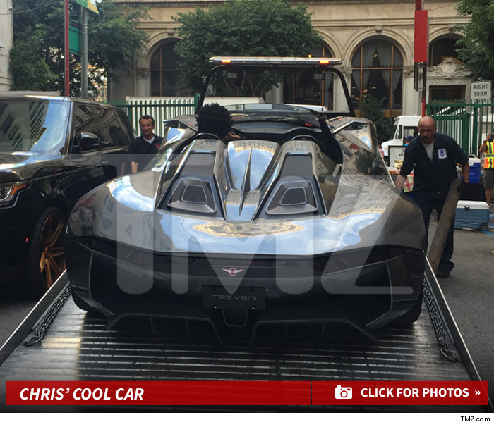 Welcome To Ifeanyi Obi's Blog: Chris Brown Got Himself A